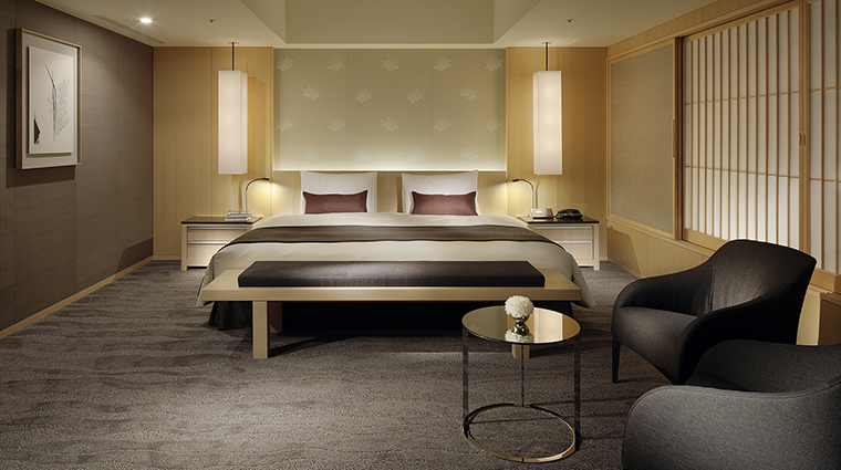 Property TheCapitolHotelTokyu Hotel GuestroomSuite TheCapitolSuiteBedroom TokyuHotelsCoLTD