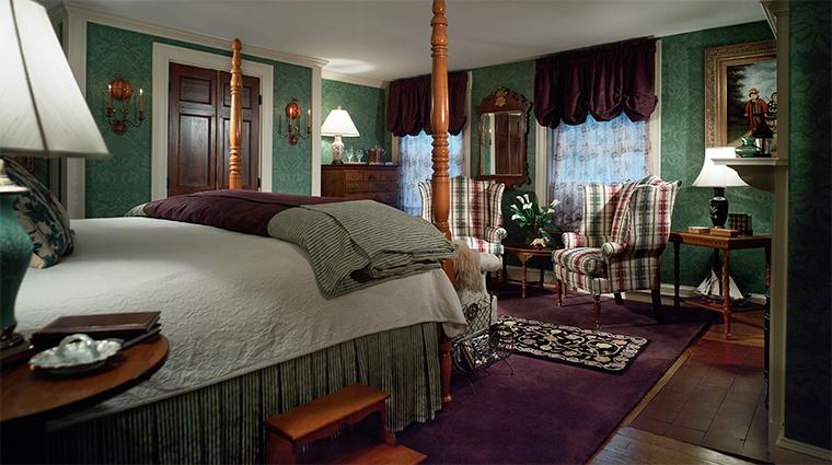 Property TheCaptainLordMansion Hotel 4 GuestroomSuite CallenderSuite Bedroom CreditCaptainLordMansionInnandSpa