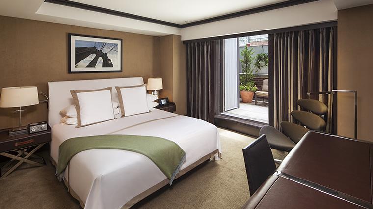 Property TheChatwal Hotel GuestroomSuite GardenSuiteBedroom StarwoodHotels&ResortsWorldwideInc