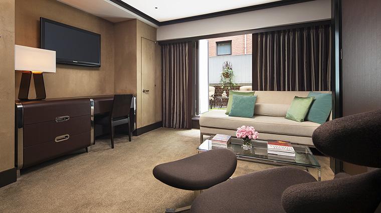 Property TheChatwal Hotel GuestroomSuite GardenSuiteLivingRoom StarwoodHotels&ResortsWorldwideInc