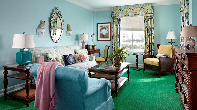 Property TheColonyPalmBeach Hotel GuestroomSuite PremiumSuiteLivingRoom TheColonyPalmBeach