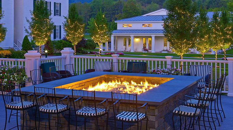 Property TheEquinoxResort&Spa Hotel BarLounge FalconBarDeck StarwoodHotels&ResortsWorldwideInc