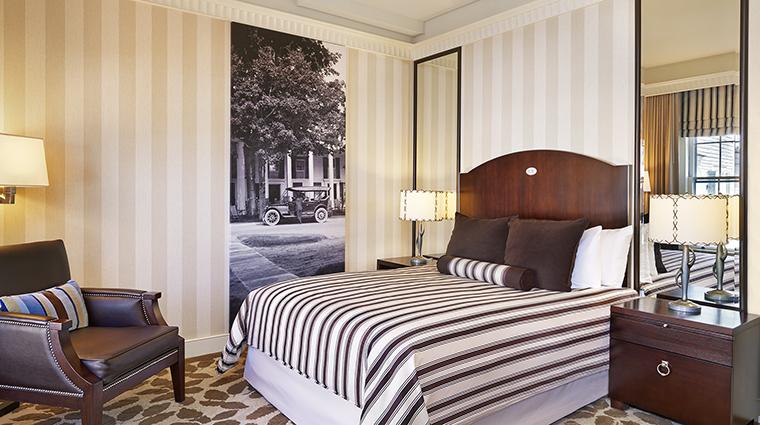 Property TheEquinoxResort&Spa Hotel GuestroomSuite SuperiorQueenGuestroom StarwoodHotels&ResortsWorldwideInc