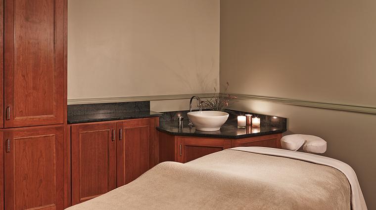 Property TheEquinoxResort&Spa Hotel Spa TreatmentRoom StarwoodHotels&ResortsWorldwideInc