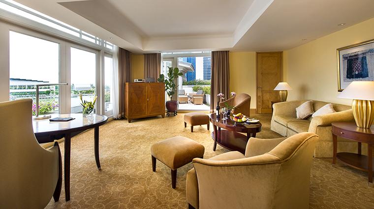 Property TheFullertonHotelSingapore Hotel GuestroomSuite FullertonSuiteLivingRoom TheFullertonHotelSingapore