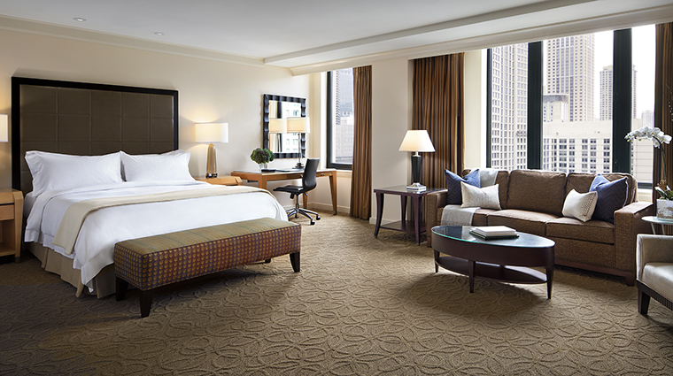 Property TheGwen Hotel GuestroomSuite JuniorSuite StarwoodHotels&ResortsWorldwideInc