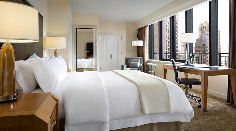 Property TheGwen Hotel GuestroomSuite TerraceSuiteBedroom StarwoodHotels&ResortsWorldwideInc