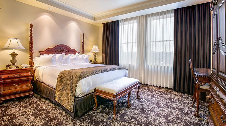 Property TheHistoricDavenportHotel Hotel GuestroomSuite DavenportRoom MarriottInternationalInc