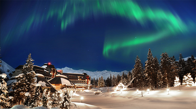Property TheHotelAlyeska Hotel 4 Exterior NorthernLights CreditAlyeskaResort