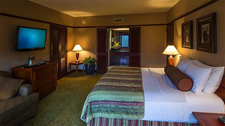 Property TheHotelAlyeska Hotel 9 GuestroomSuite RoyalSuite BedroomWithViewoftheBathroom CreditAlyeskaResort KenGrahamPhotography