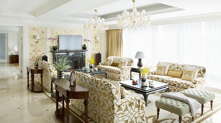 Property TheLanghamShenzhen Hotel 3 GuesteroomSuite RoyalSuite LivingRoom CreditLanghamHotelsInternationalLimited