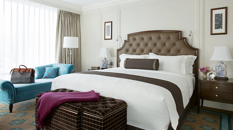 Property TheLanghamShenzhen Hotel 7 GuesteroomSuite RegentSuite Bedroom CreditLanghamHotelsInternationalLimited