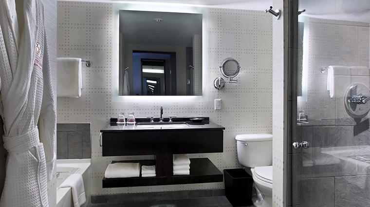 Property TheLibertyHotel Hotel GuestroomSuite NewlyRenovatedGuestroomBathroom StarwoodHotels&ResortsWorldwideInc