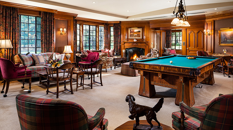 Property TheLodgeatGlendorn Hotel PublicSpace BilliardRoom TheLodgeatGlendorn