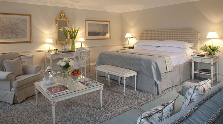 Property TheMerrion Hotel GuestroomSuite DeluxeKing TheMerrionHotel