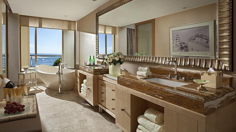 Property TheMulia Hotel GuestroomSuite TheEarlSuiteBathroom TheMulia