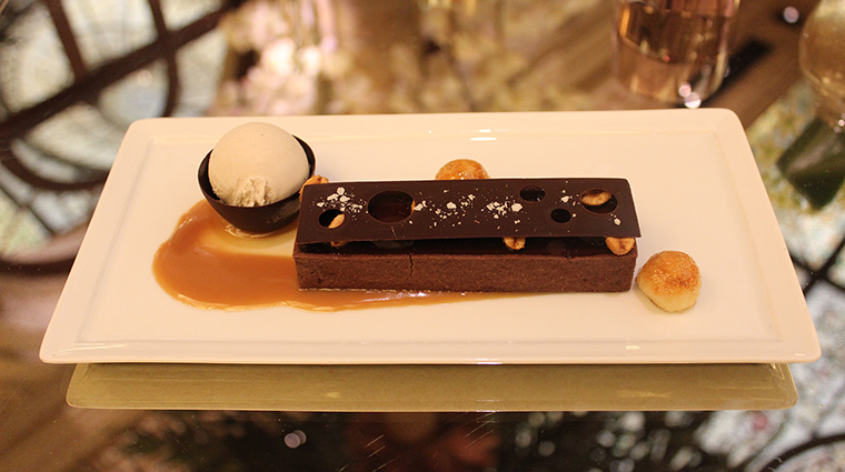 Property ThePalmCourt Restaurant ChocolatePeanutButterTart FairmontHotelsandResorts