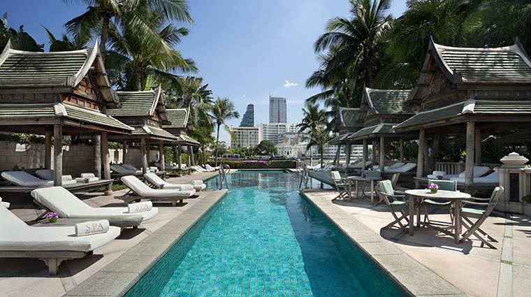 Property ThePeninsulaBangkok 2 Hotel Pool CreditTheHongkongandShanghaiHotelsLimited