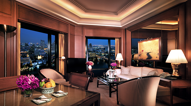Property ThePeninsulaBangkok 6 Hotel GuestroomSuite GrandDeluxeSuite LivingRoom CreditTheHongkongandShanghaiHotelsLimited