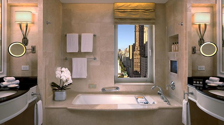 Property ThePeninsulaNewYork Hotel GuestroomSuite SuiteBathroom ThePeninsulaHotels
