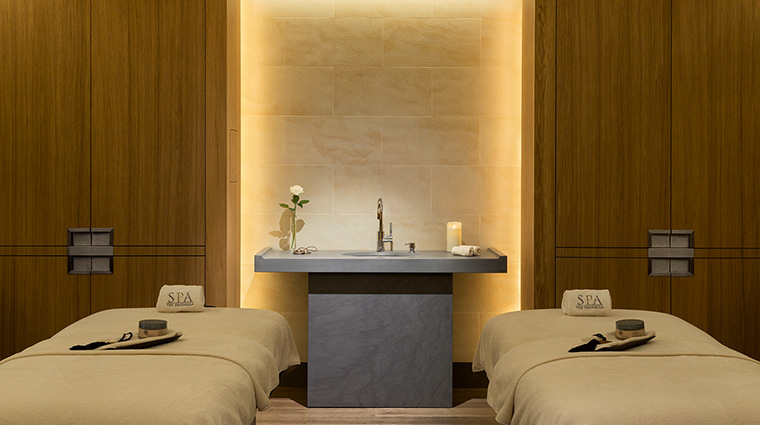 Property ThePeninsulaParis Hotel Spa DoubleTherapyRoom ThePeninsulaHotels