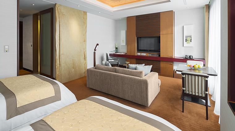 Property ThePeninsulaTokyo Hotel GuestroomSuite DeluxeRoomTwin ThePeninsulaHotels