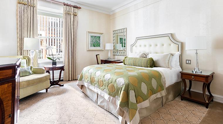 Property ThePierreATajHotel Hotel GuestroomSuite ClassicRoom TajHotelsResortsandPalaces