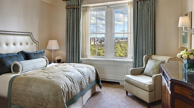 Property ThePierreATajHotel Hotel GuestroomSuite ParkViewKingRoom TajHotelsResortsandPalaces