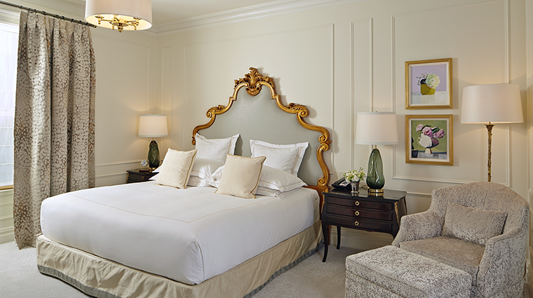 Property ThePlazaHotel Hotel GuestroomSuite VanderbiltSuite TheFiveStarTravelCorporation