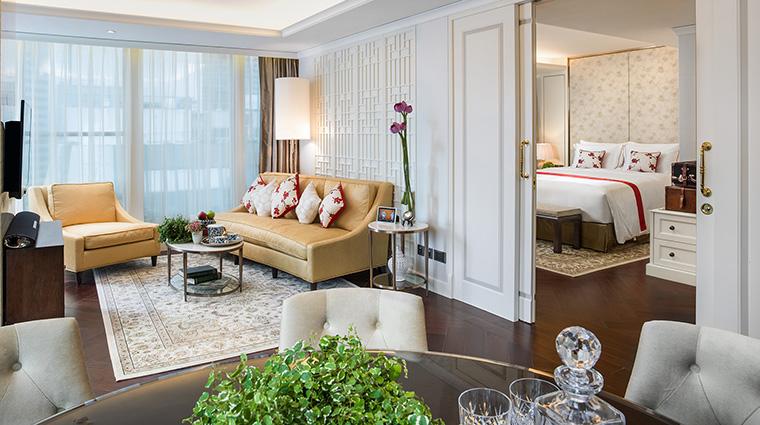 Property ThePottingerHongKong Hotel GuestroomSuite PottingerSuiteLivingRoom ThePottingerHongKong