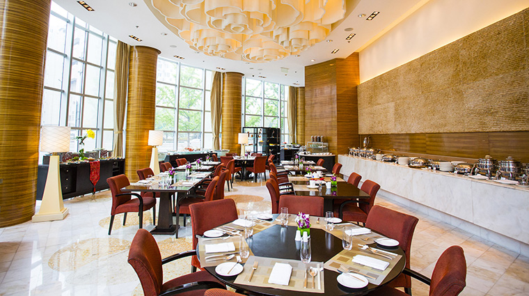 Property TheRitzCarltonBeijingFinancialDistrict Hotel Dining GreenfishAllDayDiningRestaurant TheRitzCarltonHotelCompanyLLC
