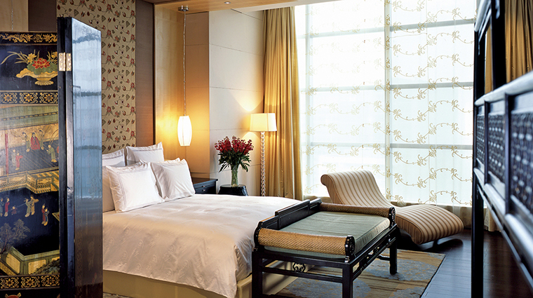 Property TheRitzCarltonBeijingFinancialDistrict Hotel GuestroomSuite TheRitzCarltonSuiteBedroom TheRitzCarltonHotelCompanyLLC