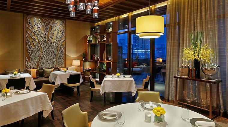 Property TheRitzCarltonChengdu Hotel Dining DiningRoom TheRitzCarltonHotelCompanyLLC