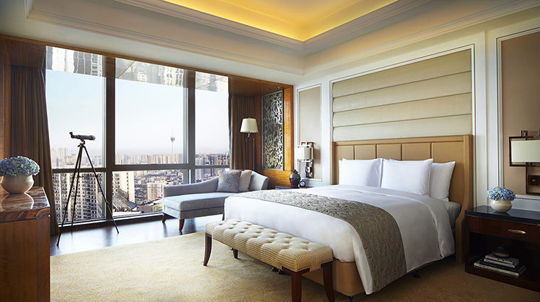 Property TheRitzCarltonChengdu Hotel GuestroomSuite ClubExecutiveSuiteBedroom TheRitzCarltonHotelCompanyLLC