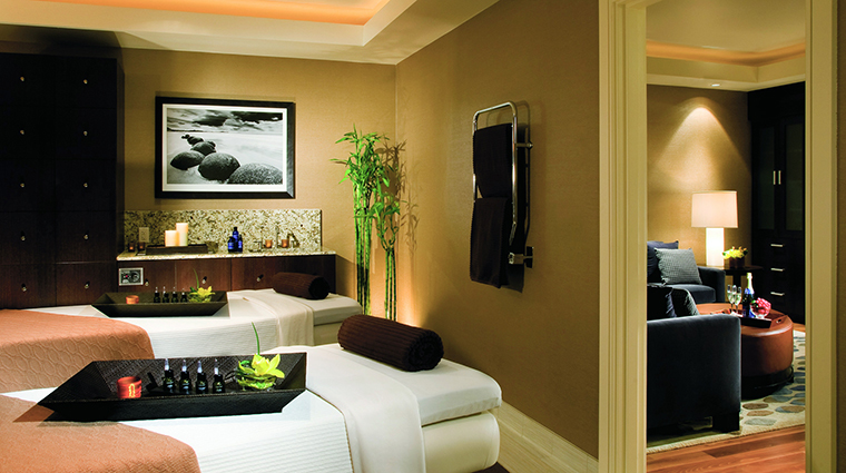 Property TheRitzCarltonDenver 7 Hotel Spa TheRitzCarltonSpaDenver TreatmentRoom CreditTheRitzCarltonHotelCompanyLLC