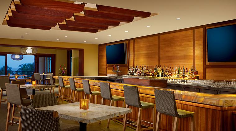Property TheRitzCarltonKapalua Hotel BarLounge AlaloaLounge TheRitzCarltonHotelCompanyLLC