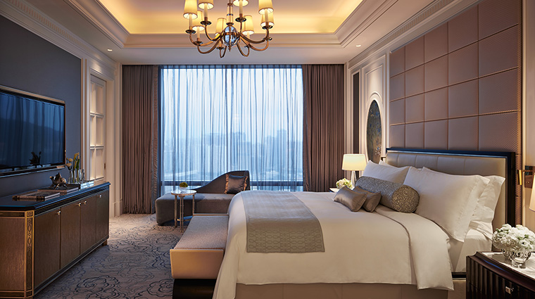 Property TheRitzCarltonMacau Hotel GuestroomSuite PremierSuiteBedroom TheRitzCarltonHotelCompanyLLC