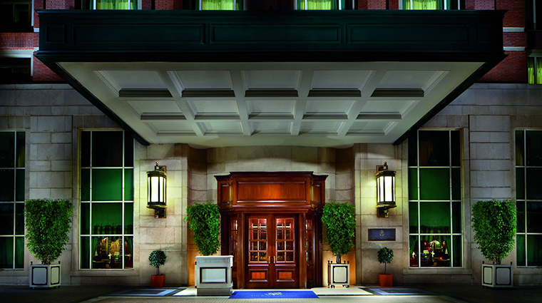 Property TheRitzCarltonSantiago Hotel Exterior Entrance TheRitzCarltonHotelCompanyLLC