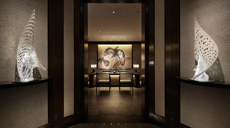 Property TheRitzCarltonTokyo Hotel BarLounge TheRitzCarltonClubLoungeFoyer TheRitzCarltonHotelCompanyLLC
