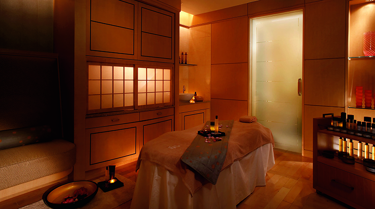 Property TheRitzCarltonTokyo Hotel Spa TreatmentRoom TheRitzCarltonHotelCompanyLLC