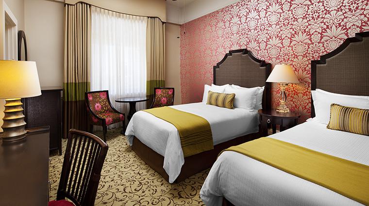 Property TheRoyalHawaiian Hotel GuestroomSuite RoyalGroveGuestroom StarwoodHotels&ResortsWorldwideInc