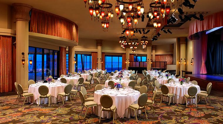 Property TheRoyalHawaiian Hotel PublicSpaces MonarchRoom StarwoodHotels&ResortsWorldwideInc