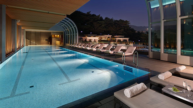 Property TheShillaSeoul Hotel PublicSpaces IndoorPool TheShillaHotels&Resorts
