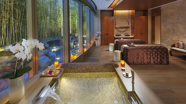 Property TheSpaAtMandarinOrientalPudongShanghai 1 Spa Style CouplesTreatmentRoom CreditMandarinOrientalHotelGroup