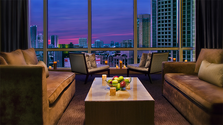 Property TheSpaAtTrumpChicago 1 Spa Style ViewFromTheRelaxationRoom CreditTrumpInternationalHotelandTower