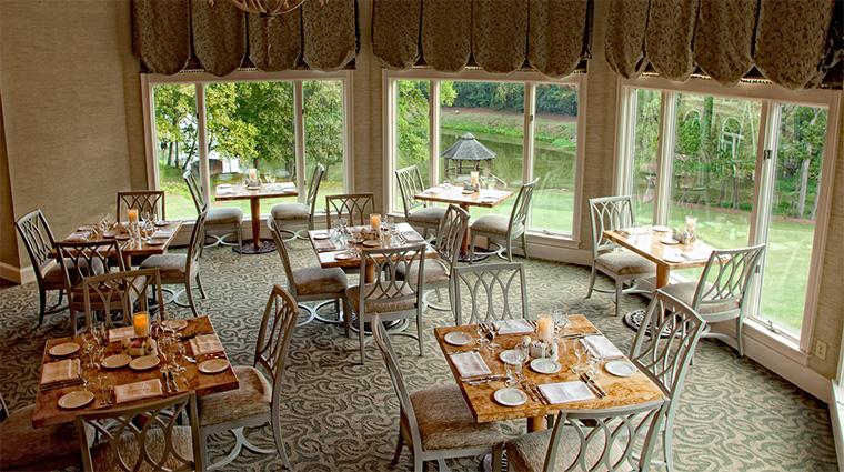 Property TheSpaatChateauElan 8 Spa Style FleurdeLisRestaurantintheSpa CreditChateauElan
