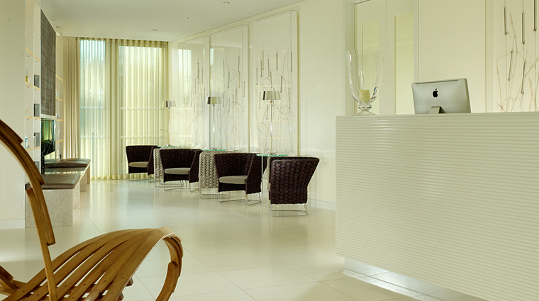 Property TheSpaatCoworthPark Spa Reception DorchesterCollection