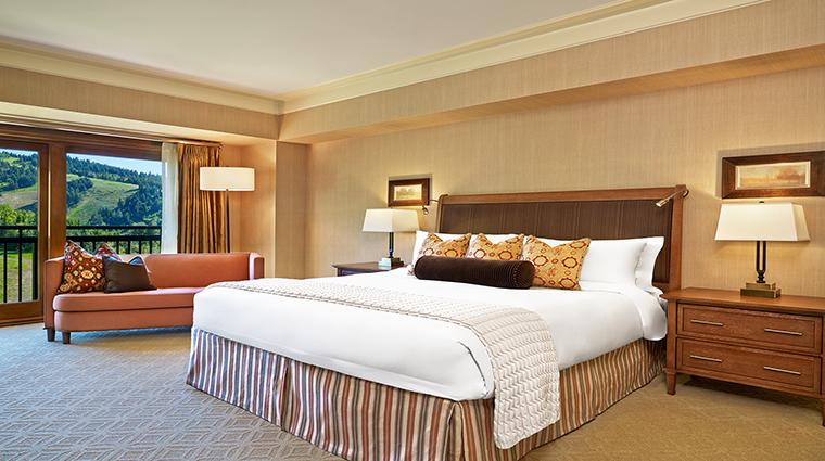 Property TheStRegisDeerValleyRemedeSpa Hotel GuestroomSuites LuxurySuiteGuestRoom CreditStRegisDeerValley