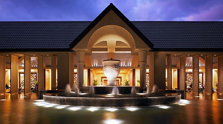 Property TheStRegisPrincevilleResort Hotel Exterior PorteCochere CreditStarwoodHotelsandResortsWorldwideInc
