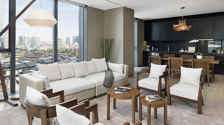 Property TheTempleHouse Hotel GuestroomSuite DeluxeResidenceLivingArea SwirePropertiesHotelManagementLimited